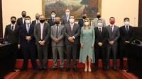 Câmara empossa prefeito, vice-prefeita e vereadores para o mandato 2021/2024